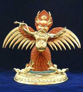 金 翅 鳥